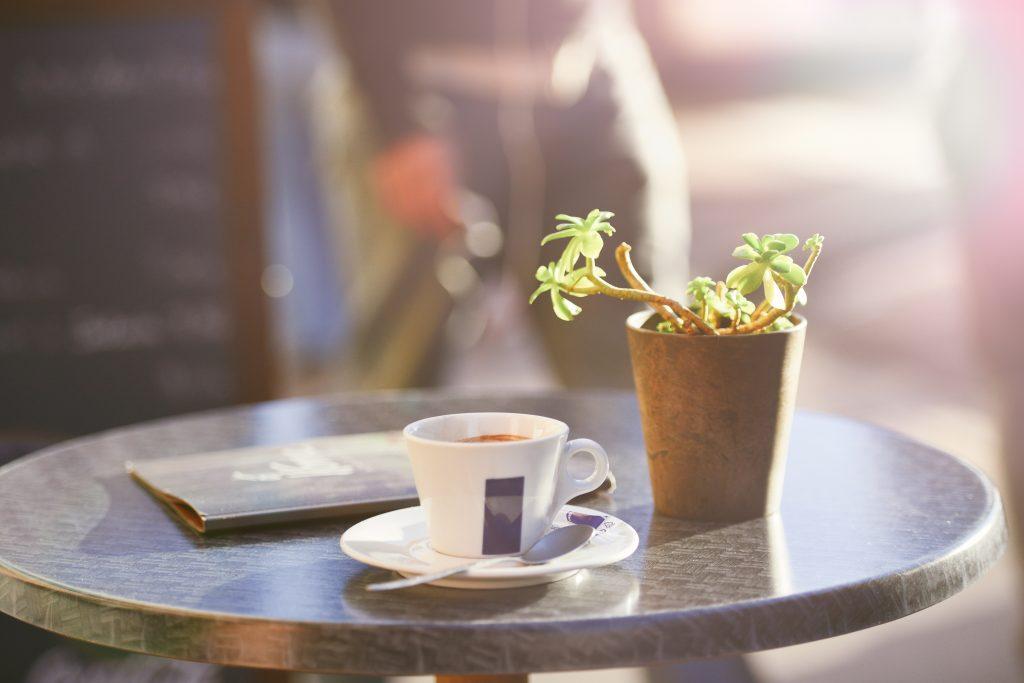 初めて訪れたカフェ