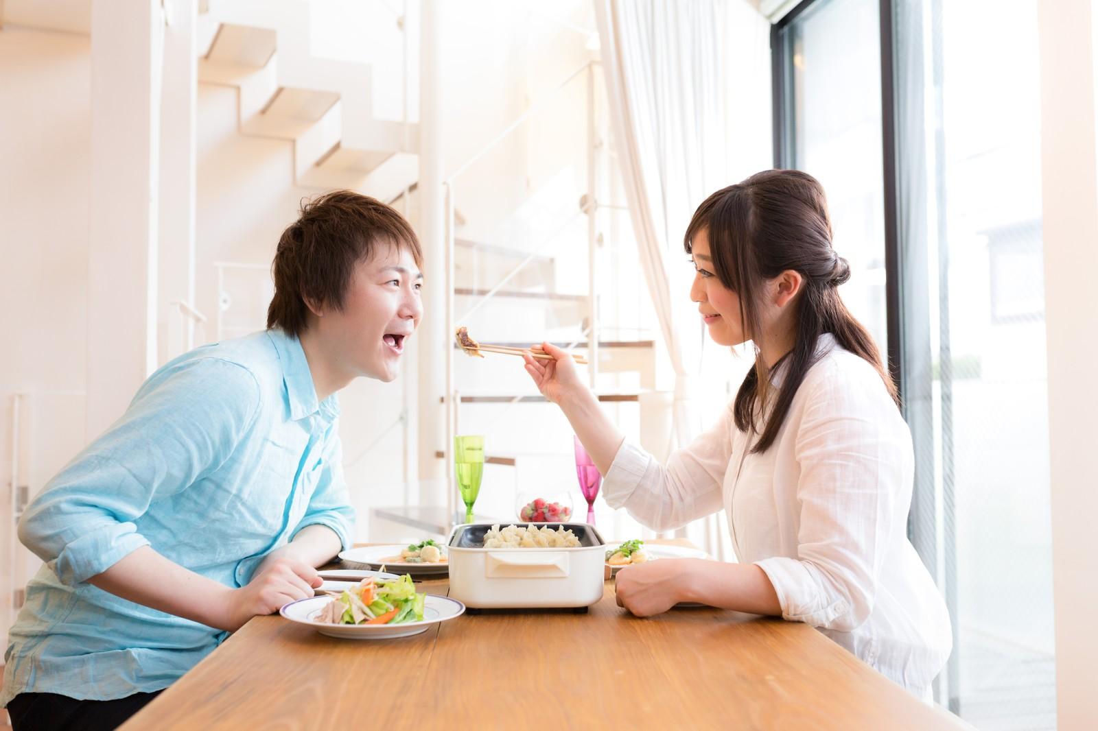 周囲への配慮・気配りができない女性は結婚相手に向かない