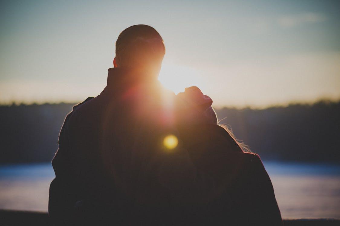 男性が「結婚したい!」と思うのは一緒にいることで共に成長できる女性