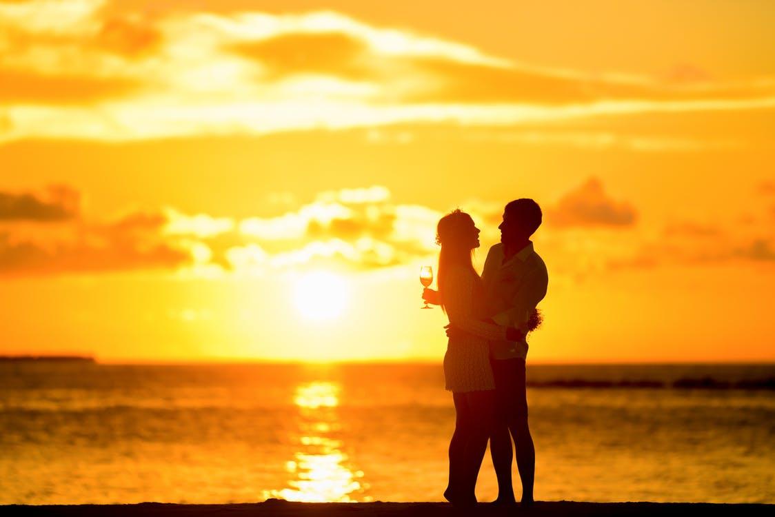 彼氏に「結婚したい」と思わせる方法は、二人の将来について話し合うこと