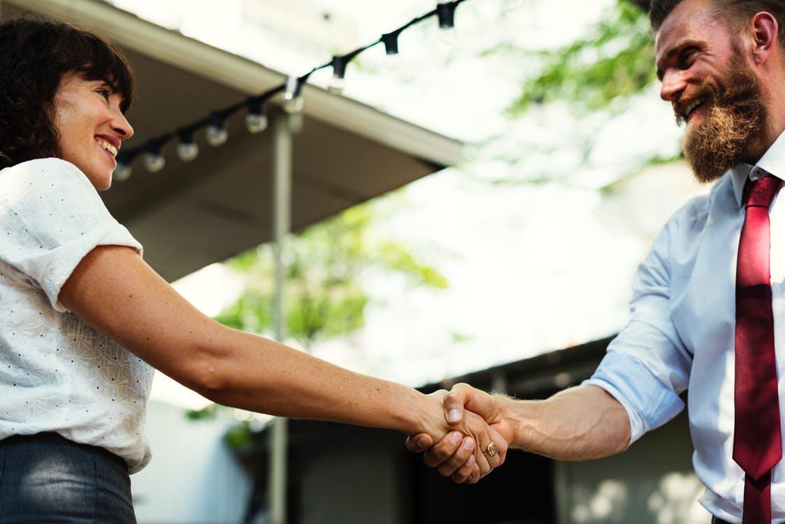 1年以内に結婚するためには出会いを増やすこと