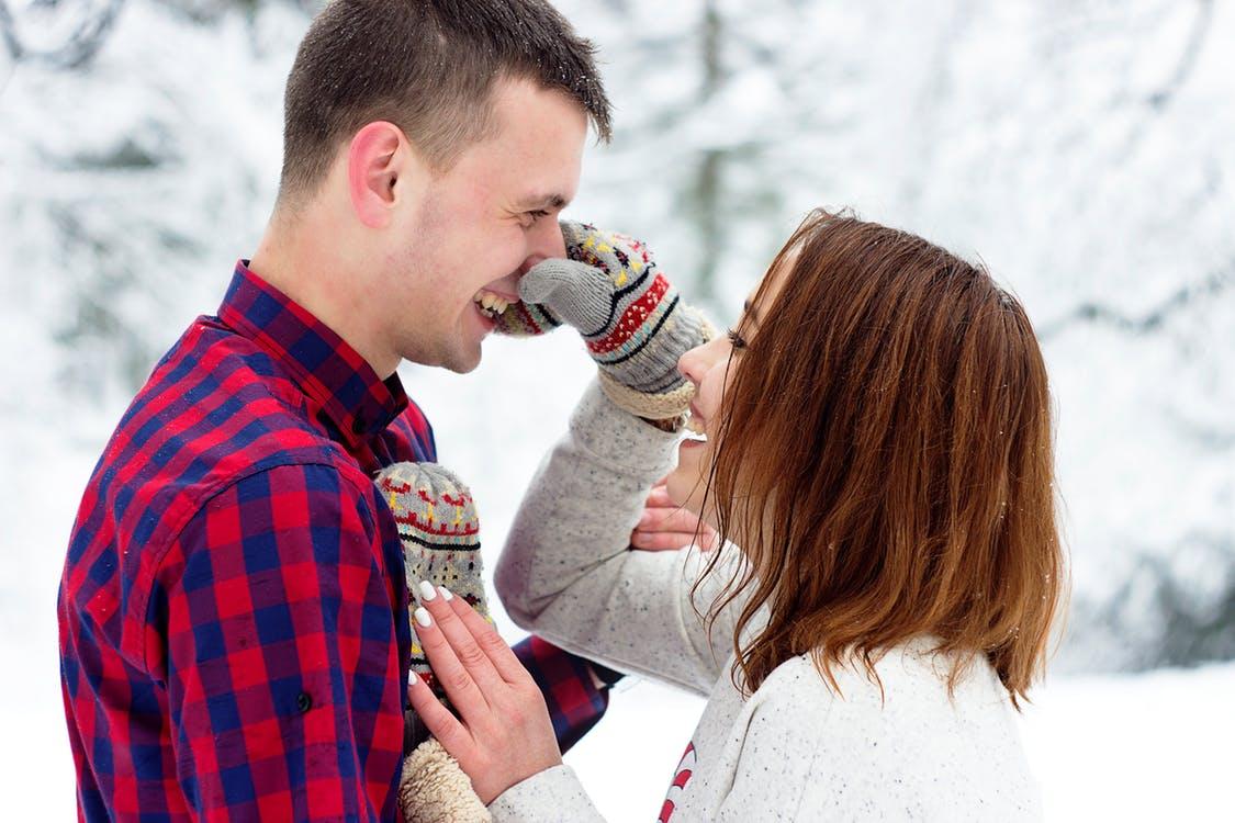彼氏が途切れない女性の特徴は、コミュニケーション能力が高いこと